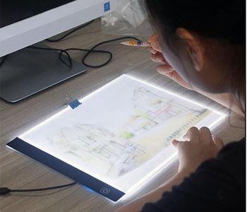 Obrázek Svítící LED deska na obkreslování