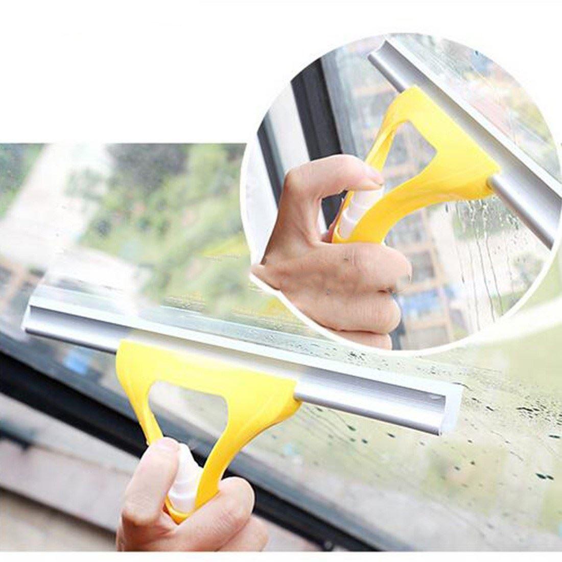 Stěrka s rozprašovačem - žlutá