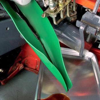 Obrázek z Pomůcka pro výměnu oleje v autě