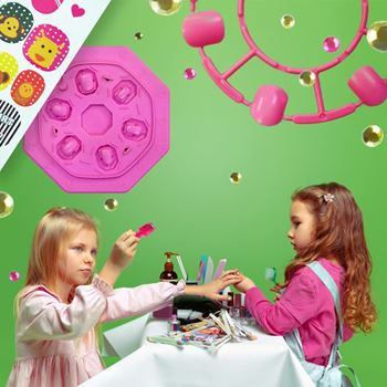 Obrázek z Dětské nehtové studio