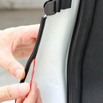 Obrázek z Ochranné lišty na auto 5 m - černé