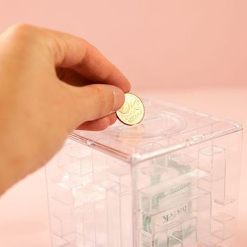 Obrázek z Labyrint na peníze